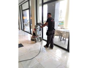 stor Garden Hotel - grinding and polishing